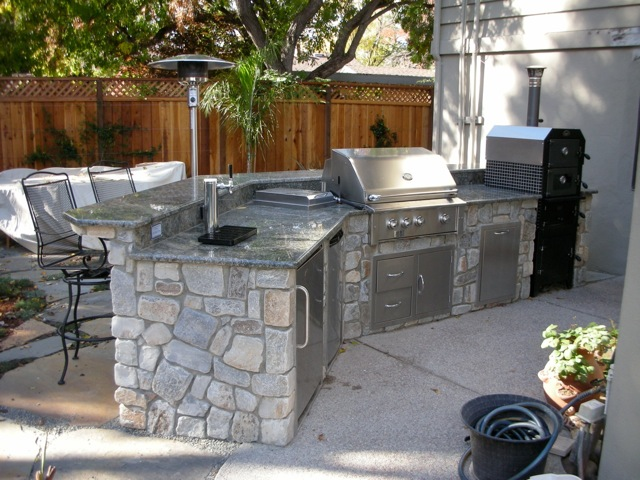 Outdoor pizza ovens and bbq smokers in san jose ca for Ready made outdoor kitchen